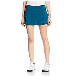Nike Victory Breathe Tennis blue skirt medium  NWT